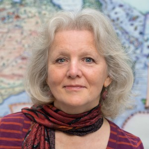 Founder and creator of Journey Jottings, Linda Fairbairn