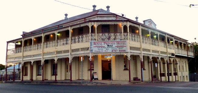Image: Royal Private Hotel, Charters Towers